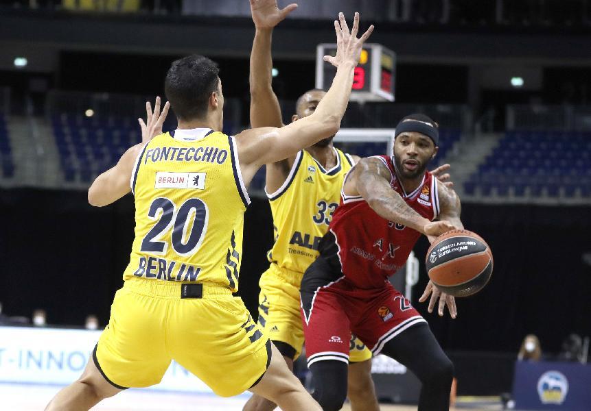https://www.basketmarche.it/immagini_articoli/14-01-2021/euroleague-olimpia-milano-espugna-campo-alba-berlino-600.jpg