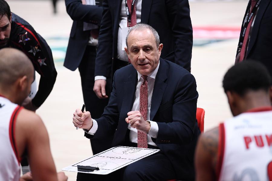 https://www.basketmarche.it/immagini_articoli/14-02-2021/milano-coach-messina-abbiamo-battuto-squadra-primo-piano-finale-dovremo-difendere-bene-600.jpg