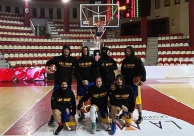 https://www.basketmarche.it/immagini_articoli/14-03-2018/csi-la-sambenedettese-basket-supera-l-omnia-turismo-roseto-270.jpg