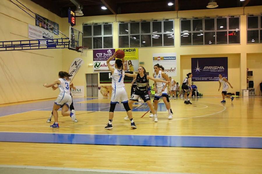 https://www.basketmarche.it/immagini_articoli/14-03-2019/feba-civitanova-reduce-stop-fila-cerca-riscatto-spezia-600.jpg