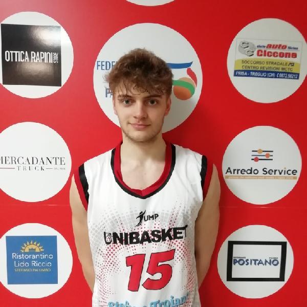 https://www.basketmarche.it/immagini_articoli/14-03-2021/ufficiale-unibasket-lanciano-chiude-roster-firma-guardia-pietro-montanari-600.jpg