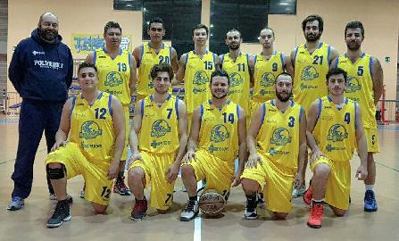 https://www.basketmarche.it/immagini_articoli/14-04-2018/prima-divisione-playoff-gara-2-il-polverigi-basket-passa-a-san-marcello-e-va-in-semifinale-270.jpg
