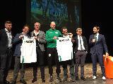 https://www.basketmarche.it/immagini_articoli/14-04-2018/varie-grande-successo-per-l-evento-sport-e-salute-con-flavio-tranquillo-coach-pancotto-ed-il-prof-battono-120.jpg