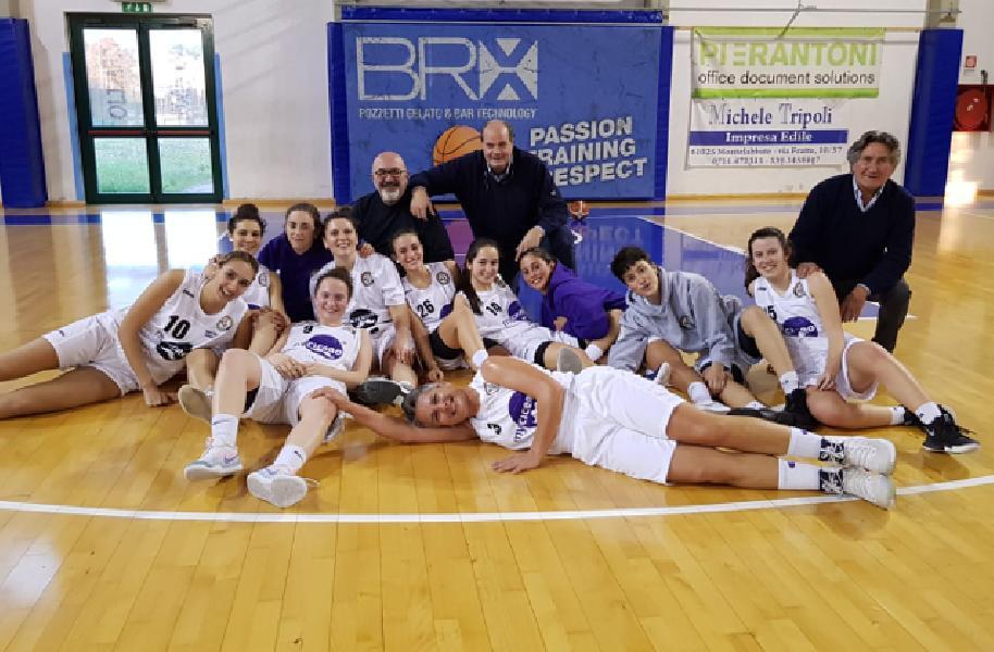 https://www.basketmarche.it/immagini_articoli/14-04-2019/basket-2000-senigallia-supera-basket-spello-conquisa-promozione-serie-600.jpg
