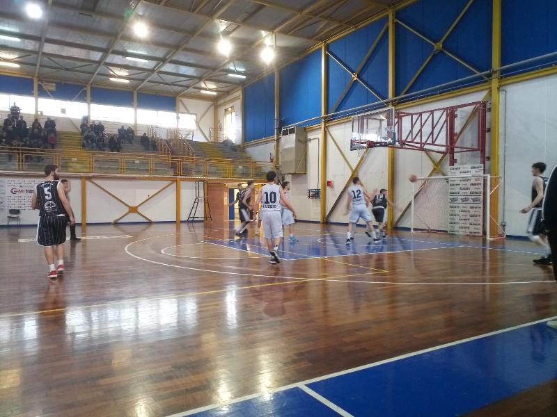 https://www.basketmarche.it/immagini_articoli/14-04-2019/playoff-basket-gubbio-parte-forte-conquista-atomika-spoleto-600.jpg