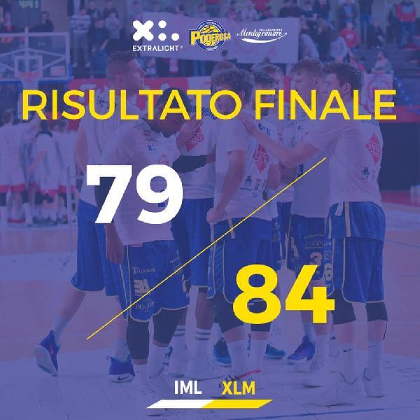 https://www.basketmarche.it/immagini_articoli/14-04-2019/poderosa-montegranaro-espugna-imola-resta-gioco-posto-600.jpg