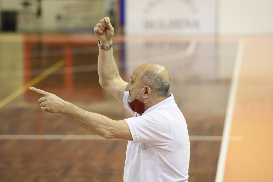 https://www.basketmarche.it/immagini_articoli/14-05-2021/amatori-pescara-coach-castorina-battere-bramante-dovremo-fare-partita-intensa-attenta-minuti-600.jpg