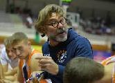 https://www.basketmarche.it/immagini_articoli/14-05-2021/jesi-coach-ghizzinardi-siamo-invitati-ballo-bella-classe-fare-brutta-figura-120.jpg