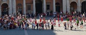 https://www.basketmarche.it/immagini_articoli/14-06-2017/giovanili-il-resoconto-della-festa-del-minibasket-organizzata-da-maior-senigallia-e-marotta-120.jpg