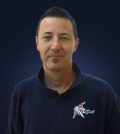 https://www.basketmarche.it/immagini_articoli/14-06-2018/l-intervista-i-programmi-le-ambizioni-e-le-aspettative-di-coach-marco-guerriero-270.jpg