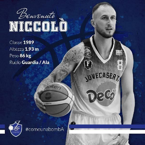 https://www.basketmarche.it/immagini_articoli/14-06-2019/ufficiale-niccol-petrucci-primo-acquisto-janus-fabriano-600.jpg