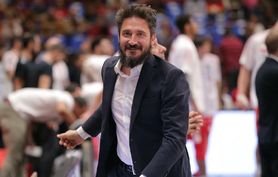 https://www.basketmarche.it/immagini_articoli/14-06-2020/dinamo-sassari-clamorosa-separazione-vista-coach-gianmarco-pozzecco-600.jpg