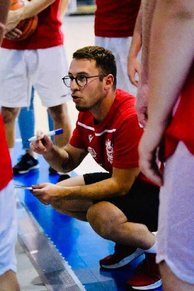 https://www.basketmarche.it/immagini_articoli/14-06-2021/vigor-matelica-coach-cecchini-chiusa-stagione-bella-vittoria-scontri-diretti-hanno-condannato-600.jpg