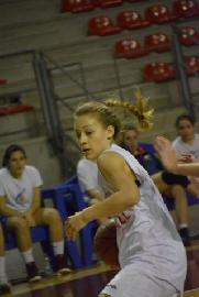 https://www.basketmarche.it/immagini_articoli/14-07-2018/serie-b-femminile-emilia-ruggeri-è-la-seconda-conferma-del-basket-girls-ancona-270.jpg
