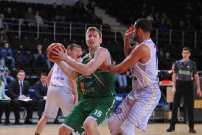 https://www.basketmarche.it/immagini_articoli/14-08-2018/serie-c-gold-grande-colpo-dell-unibasket-lanciano-firmato-il-pivot-lituano-povilas-cukinas-270.jpg