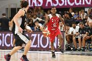 https://www.basketmarche.it/immagini_articoli/14-09-2018/serie-vuelle-pesaro-subisce-aquila-basket-trento-viene-beffata-scadere-120.jpg