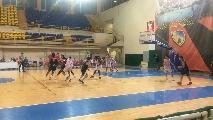 https://www.basketmarche.it/immagini_articoli/14-09-2019/giulianova-basket-sconfigge-unibasket-lanciano-vince-torneo-lanciano-terza-teramo-120.jpg