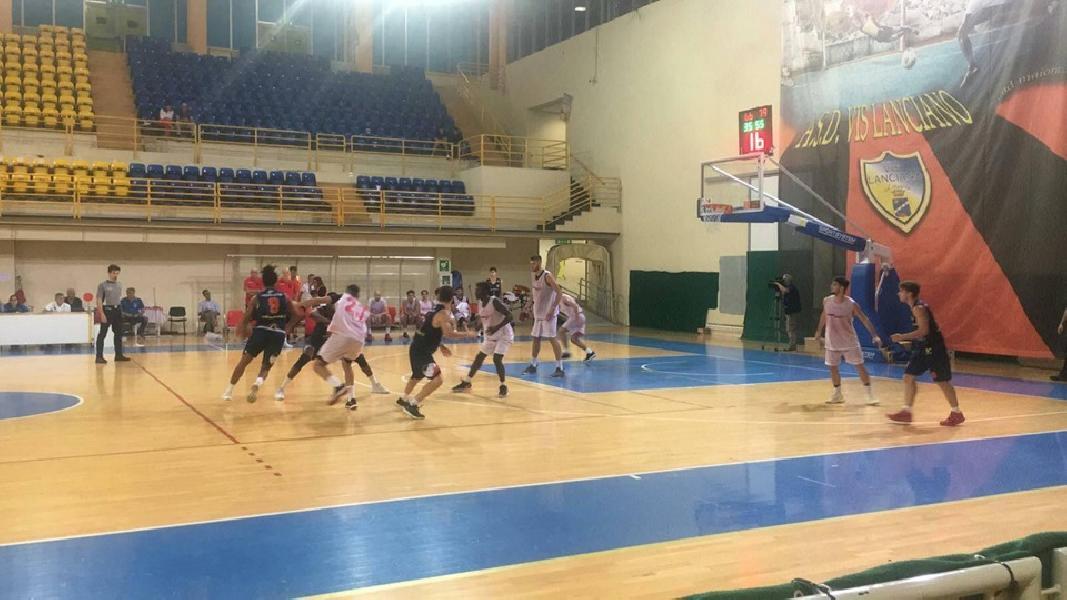 https://www.basketmarche.it/immagini_articoli/14-09-2019/giulianova-basket-sconfigge-unibasket-lanciano-vince-torneo-lanciano-terza-teramo-600.jpg