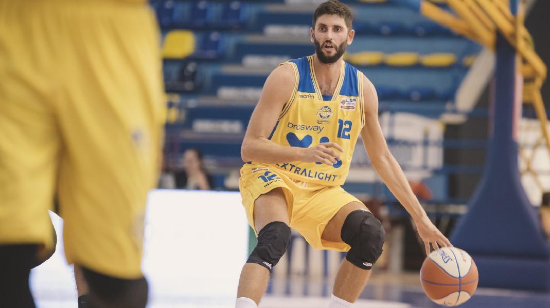 https://www.basketmarche.it/immagini_articoli/14-09-2019/poderosa-montegranaro-juvecaserta-palio-quarti-finale-supercoppa-600.jpg