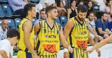 https://www.basketmarche.it/immagini_articoli/14-09-2019/supercoppa-rieti-gioca-passaggio-quarti-campo-givova-scafati-120.jpg