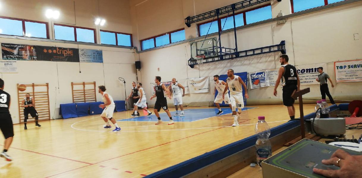 https://www.basketmarche.it/immagini_articoli/14-10-2018/regionale-live-girone-risultati-prima-giornata-tempo-reale-600.jpg