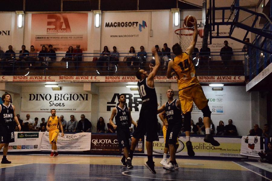 https://www.basketmarche.it/immagini_articoli/14-10-2018/straordinari-lupetti-valentini-guidano-sutor-montegranaro-vittoria-conto-sambenedettese-600.jpg