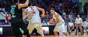 https://www.basketmarche.it/immagini_articoli/14-10-2018/teate-basket-chieti-beffata-casa-luciana-mosconi-ancona-recrimina-arbitri-120.jpg