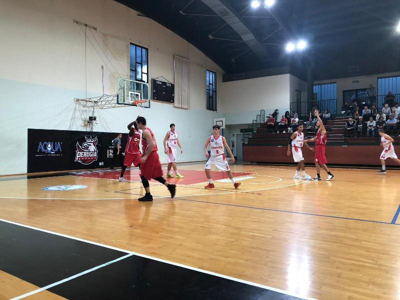 https://www.basketmarche.it/immagini_articoli/14-10-2018/vigor-matelica-espugna-campo-ostico-perugia-basket-resta-imbattuta-600.jpg