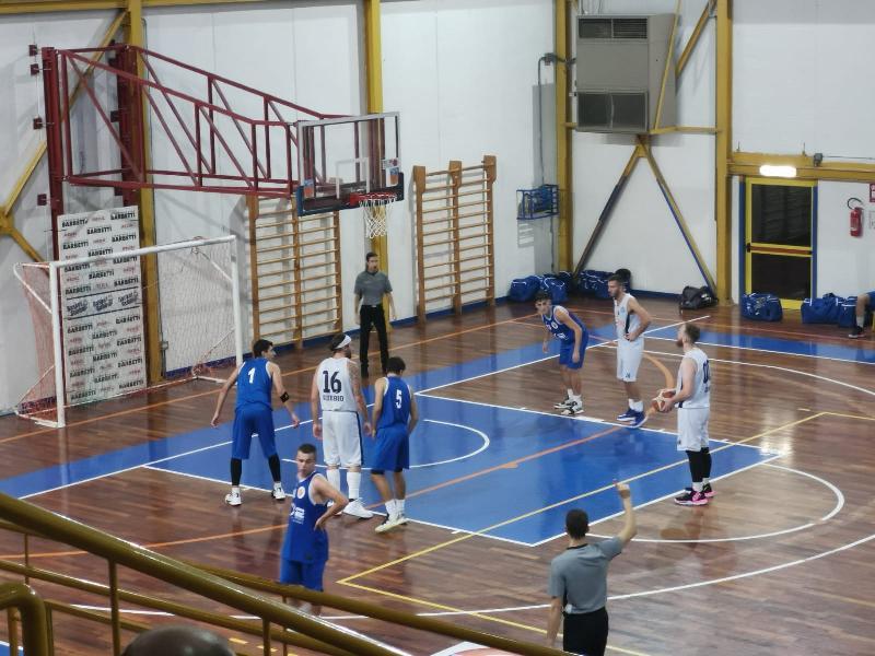 https://www.basketmarche.it/immagini_articoli/14-10-2019/netta-vittoria-basket-gubbio-pallacanestro-giromondo-spoleto-600.jpg