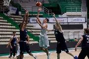 https://www.basketmarche.it/immagini_articoli/14-11-2017/under-20-eccellenza-la-mens-sana-si-aggiudica-il-derby-senese-contro-la-virtus-120.jpg
