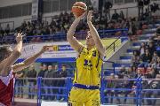 https://www.basketmarche.it/immagini_articoli/14-11-2018/poderosa-montegranaro-posticipata-mercoled-dicembre-gara-campo-baltur-cento-120.jpg