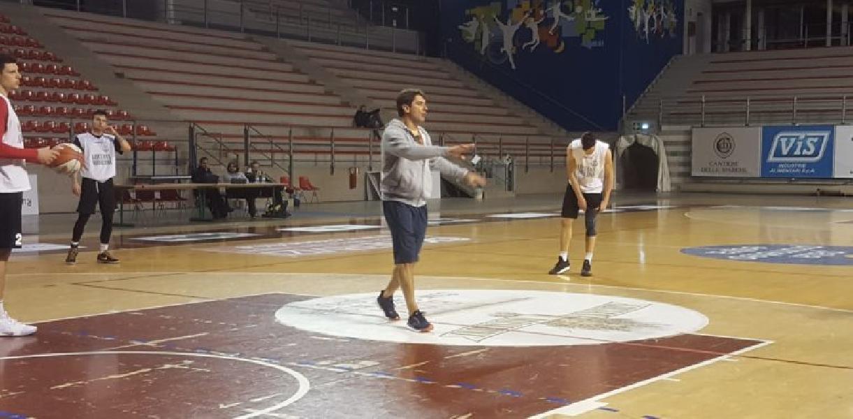 https://www.basketmarche.it/immagini_articoli/14-11-2019/campetto-ancona-coach-rajola-situazione-difficile-sono-potenzialit-fare-bene-600.jpg