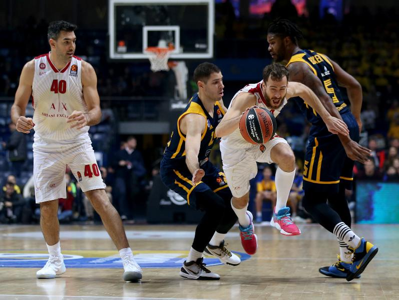 https://www.basketmarche.it/immagini_articoli/14-11-2019/euroleague-interrompe-campo-khimki-mosca-serie-positiva-olimpia-milano-600.jpg