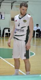 https://www.basketmarche.it/immagini_articoli/14-12-2017/serie-c-silver-il-nuovo-basket-fossombrone-verso-osimo-ko-giacomo-tadei-270.jpg