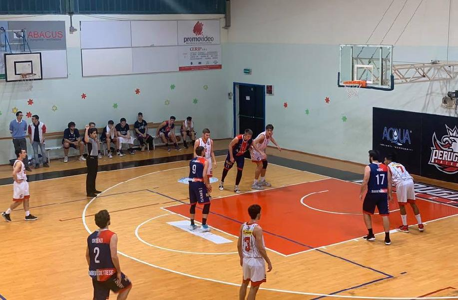 https://www.basketmarche.it/immagini_articoli/14-12-2019/convincente-vittoria-sambendettese-basket-campo-perugia-basket-600.jpg
