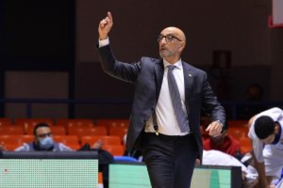 https://www.basketmarche.it/immagini_articoli/15-01-2021/brindisi-battendo-venezia-coach-vitucci-raggiungere-posto-allenatori-vincenti-storia-club-600.jpg