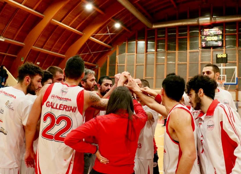 https://www.basketmarche.it/immagini_articoli/15-04-2019/playoff-tasp-teramo-cade-orvieto-coach-stirpe-loro-convinti-pensiamo-bella-600.jpg