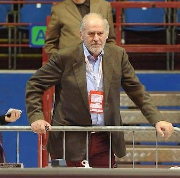 https://www.basketmarche.it/immagini_articoli/15-04-2020/gianni-decleva-ricorda-commozione-franco-lauro-perdono-perdonami-600.jpg