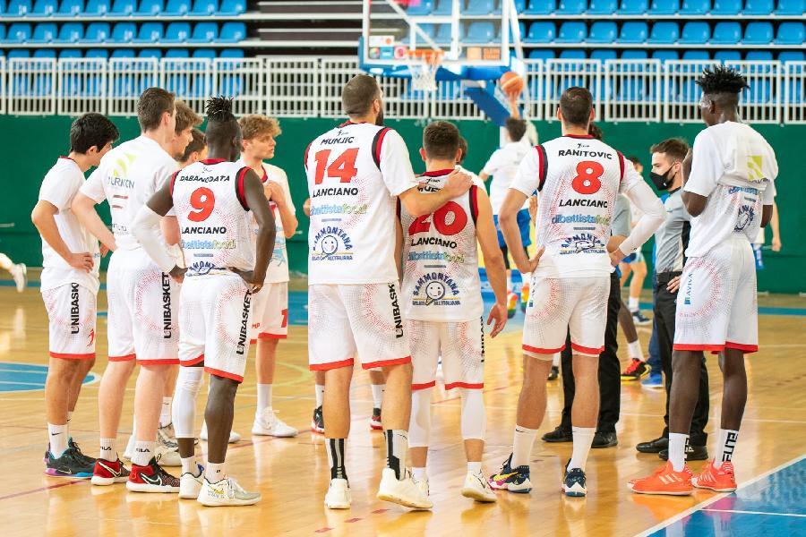 https://www.basketmarche.it/immagini_articoli/15-04-2021/unibasket-lanciano-lancia-sfida-capolista-bramante-pesaro-600.jpg