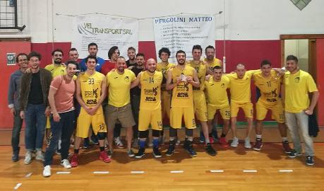 https://www.basketmarche.it/immagini_articoli/15-05-2018/promozione-playoff-gara-2-la-dinamis-falconara-supera-in-volata-i-wildcats-pesaro-e-va-sull-1-1-270.jpg