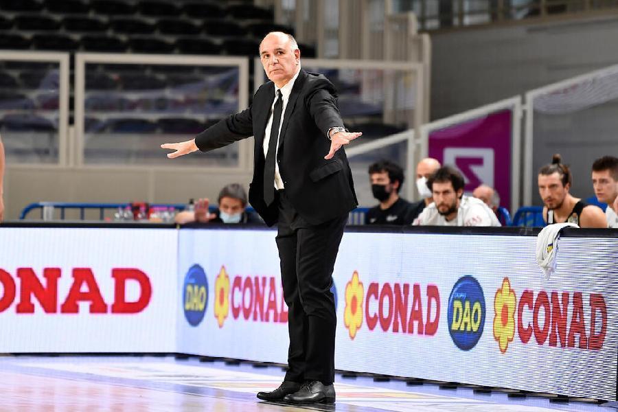 https://www.basketmarche.it/immagini_articoli/15-05-2021/trento-coach-molin-abbiamo-avuto-continuit-abbiamo-giocato-attenzione-determinazione-600.jpg