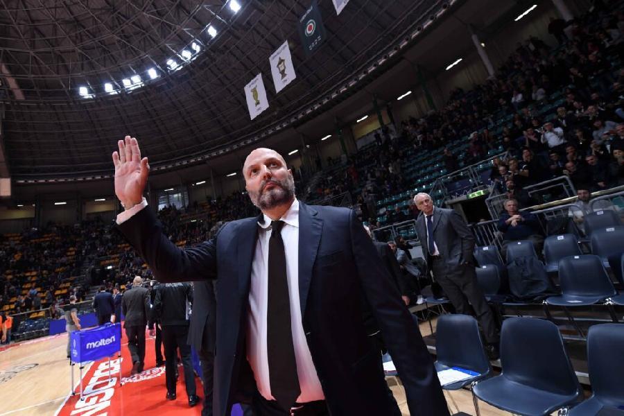 https://www.basketmarche.it/immagini_articoli/15-06-2021/ufficiale-sasha-djordjevic-lascia-virtus-bologna-luca-baraldi-grazie-vittorie-raggiunte-insieme-600.jpg