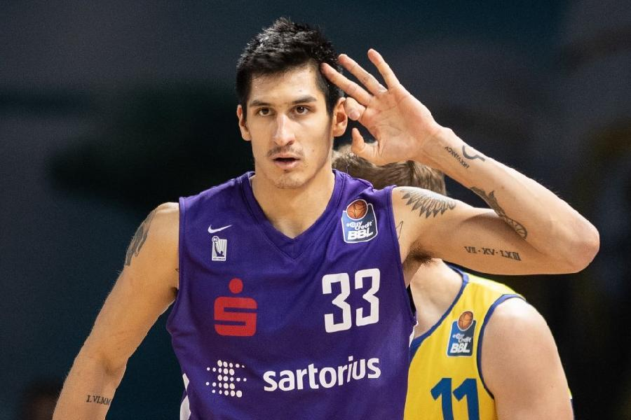 https://www.basketmarche.it/immagini_articoli/15-07-2020/happy-casa-brindisi-piace-forte-derek-willis-interesse-concreto-ousman-krubally-600.jpg