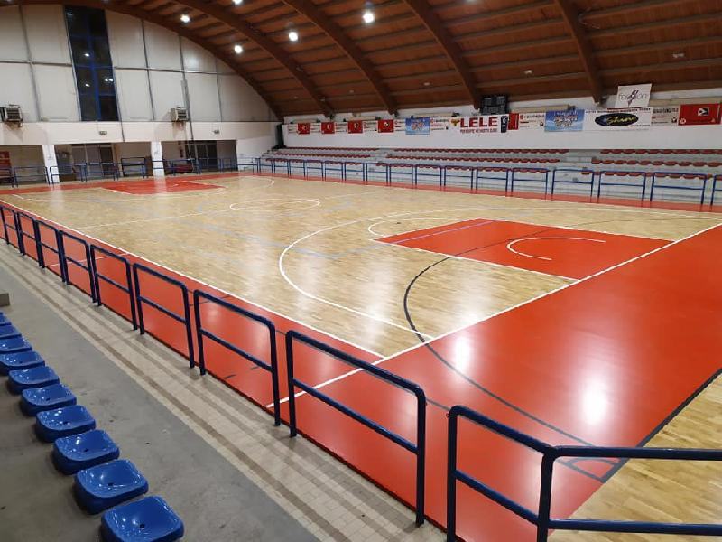https://www.basketmarche.it/immagini_articoli/15-08-2019/palasport-parquet-soddisfazione-ringraziamenti-pallacanestro-acqualagna-600.jpg