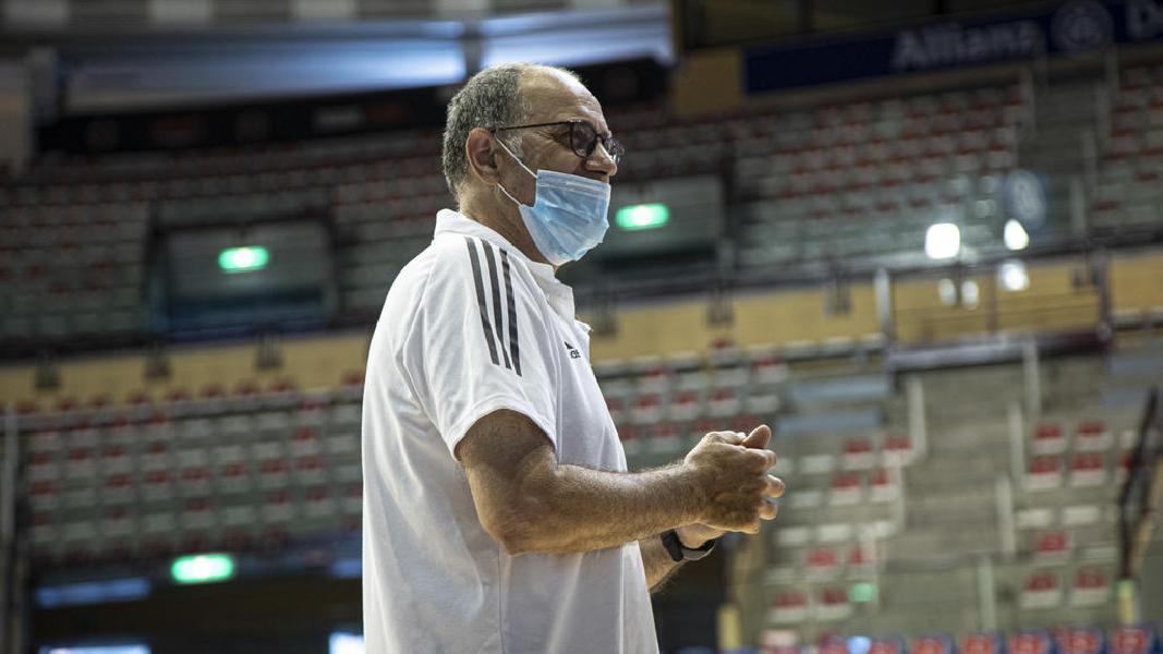 https://www.basketmarche.it/immagini_articoli/15-08-2020/pallacanestro-trieste-prof-paoli-traccia-bilancio-prima-settimana-lavoro-600.jpg