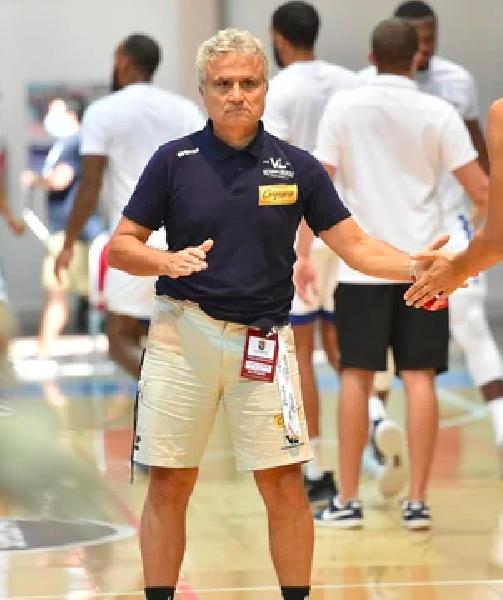 https://www.basketmarche.it/immagini_articoli/15-08-2021/pesaro-roberto-venerandi-quattro-giocatori-confermati-aiuteranno-partire-bene-600.png