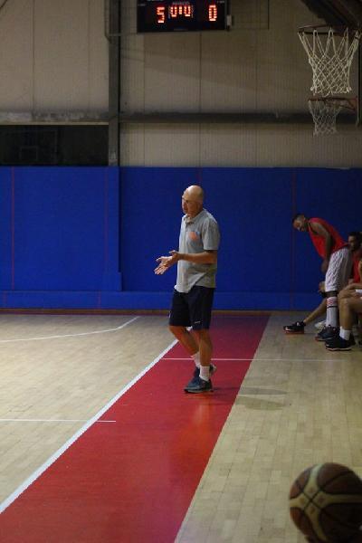 https://www.basketmarche.it/immagini_articoli/15-09-2018/regionale-loreto-pesaro-considerazioni-coach-fabio-mancini-dopo-amichevole-pallacanestro-senigallia-600.jpg