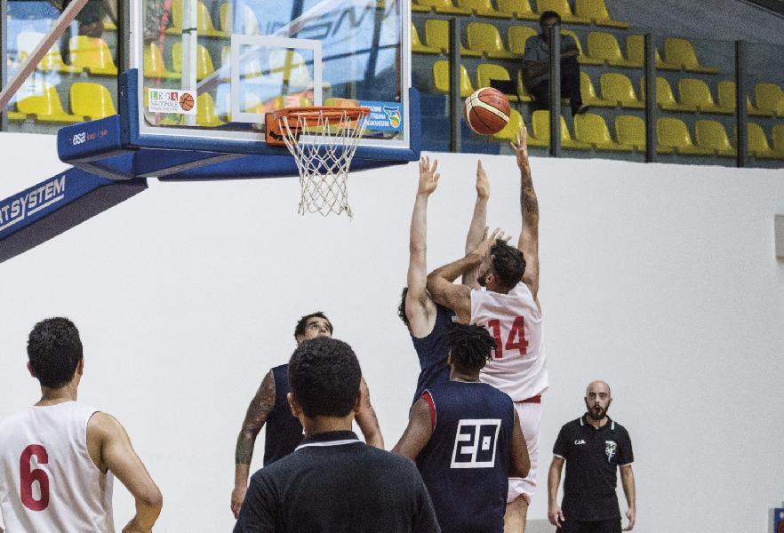 https://www.basketmarche.it/immagini_articoli/15-09-2018/serie-nazionale-ottima-teate-basket-chieti-supera-virtus-cassino-600.jpg