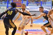 https://www.basketmarche.it/immagini_articoli/15-09-2019/olimpia-milano-supera-khimki-conquista-city-cagliari-trascinata-super-rodriguez-120.jpg