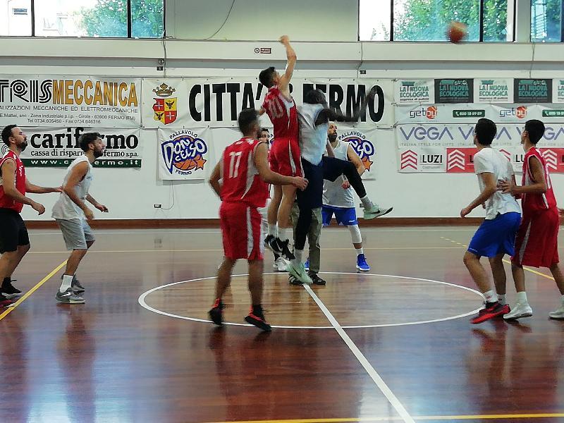 https://www.basketmarche.it/immagini_articoli/15-09-2019/positiva-prima-uscita-stagionale-basket-fermo-sacrata-porto-potenza-600.jpg